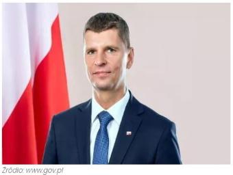 2020-07-25-minister